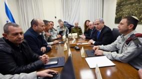 """""""الكابينت"""" الإسرائيلي يفوض نتنياهو وغانتس بشن هجوم على غزة حال تطلب الأمر"""
