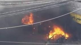حريق جديد في منزل بدير البلح وسط قطاع غزة