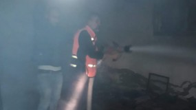 حريق في منزل وسط قطاع غزة