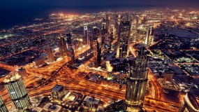 إمارة دبي تقرر إعادة فتح المراكز التجارية بنسبة 100%