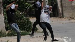 إصابة العشرات من المواطنين بعد مهاجمة جيش الاحتلال لمسيرات في الضفة