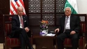 الرئيس عباس يتلقى اتصالا من الرئيس الامريكي بايدن