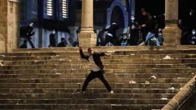 مواجهات مع قوات الاحتلال في المسجد الأقصى والشيخ جراح...