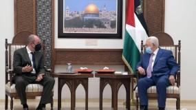 الرئيس عباس يطالب الإدارة الأميركية بضرورة التدخل لوضع حد للعدوان الإسرائيلي