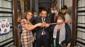 """القاهرة: افتتاح المعرض الفني """"فلسطين في القلب """""""