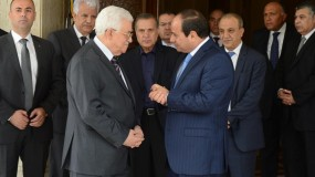 اتصال هاتفي بين الرئيس السيسي والرئيس عباس